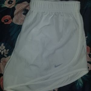 Womens white Nike shorts ❤💙💚